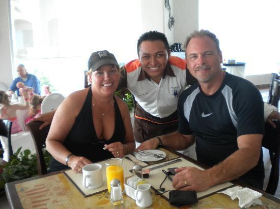 Panama Jack Resorts - Gran Caribe Cancun: Donovan
