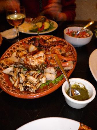 Cesiak Centro Ecologico Sian Ka'an: grilled seafood platter