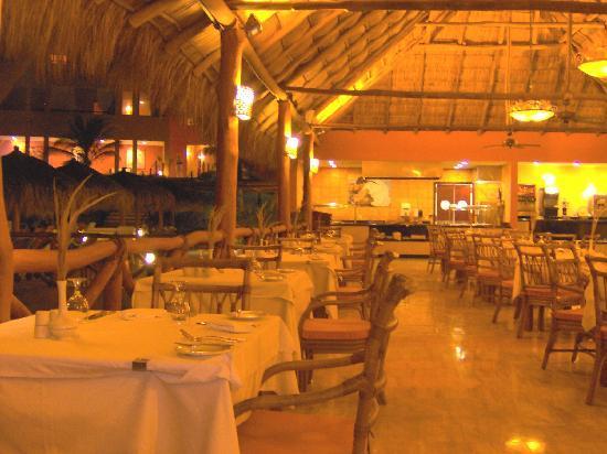 The Royal Suites Punta de Mita: The royal suites awesome restaurant