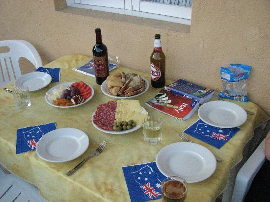 San Felice del Benaco, Italien: An italian lunch, aussie style..