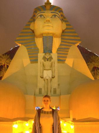 Luxor Hotel & Casino: Have you seen my Sphinx ! Luxor Entrance
