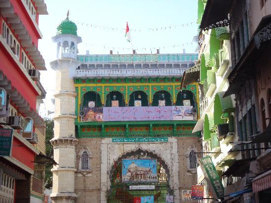 Ajmer, Hindistan: Nizam gate of Dargah Shariff