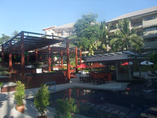 Novotel Phuket Surin Beach Resort. : This is a Courtyard?