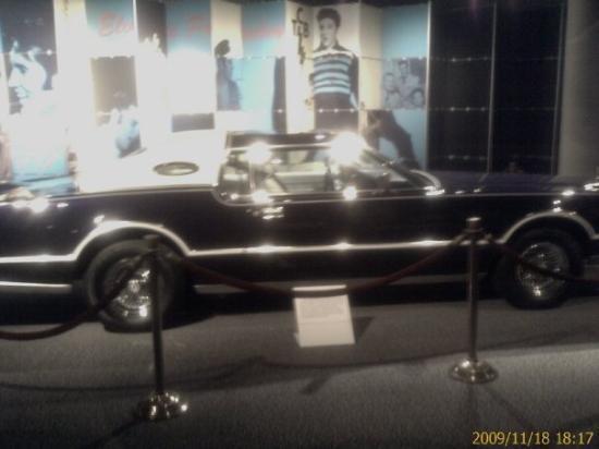 Rock & Roll Hall of Fame: Elvis' car.