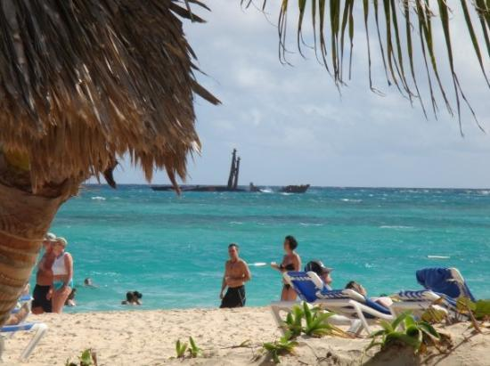 Luxury Bahia Principe Ambar Don Pablo Collection: Sunkin ship out from our beach