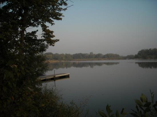Cambridge, IA: fishing hole