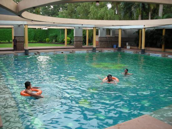 Hotel Malligi: Magnificent Swimming Pool