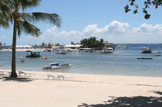 Cebu White Sands Resort & Spa: Från stranden