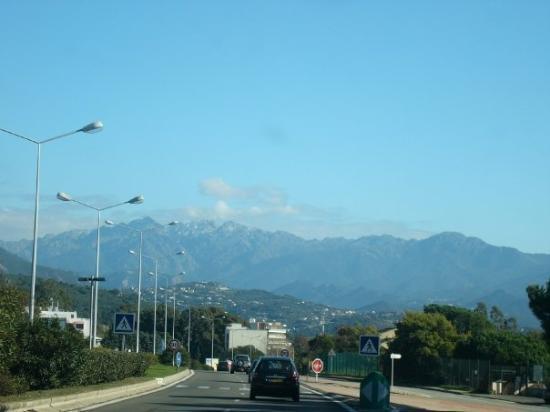 Ajaccio, Frankrike: Snowy montain