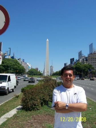 Urban Running Tours: El Obelisco Buenos Aires Argentina!!