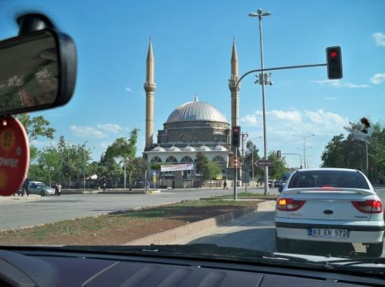Diyarbakir, Turkey: Driving with Hikmet to buy some shoes. One of the bigger mosques in the city.