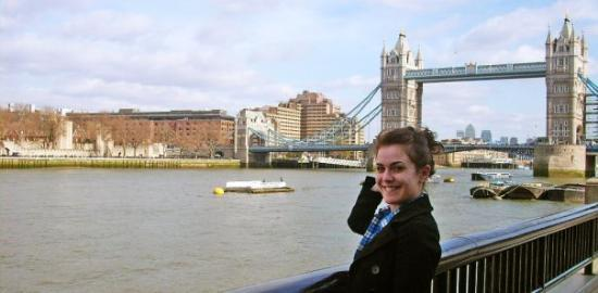 Tower Bridge: Sunny day!!! Omg!! It's real!