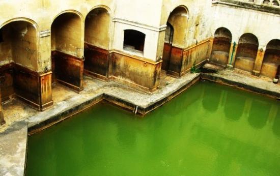 The King's Bath (close to the Roman Baths)