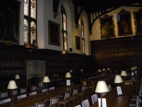 The dining hall at Christ Church College.