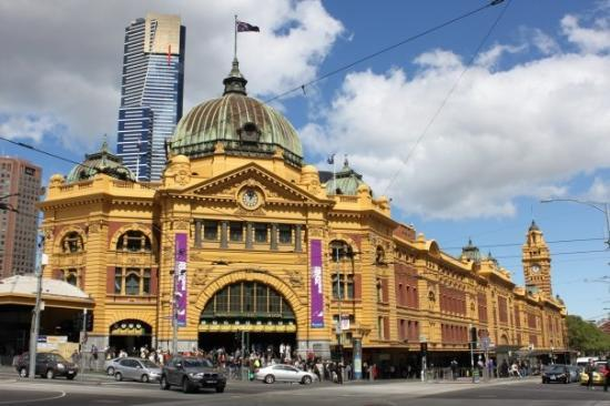 Flinders Street Station: Flinders Station
