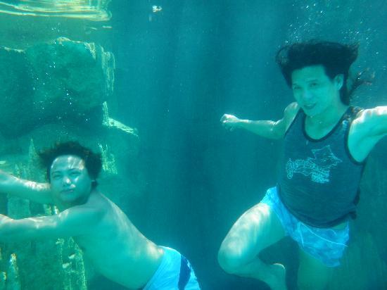 Majika's Island Resort: in the waters of Kayangan Lake