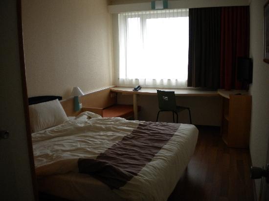 Ibis Berlin Mitte: Camera da letto