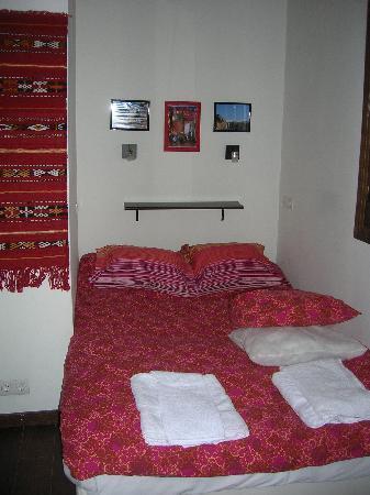 Apartamentos El Almez: segunda habitación tb con cama de matrimonio