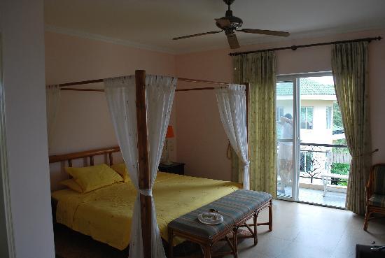 Venus Garden Villa: room