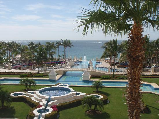 Hotel Riu Palace Cabo San Lucas: our view