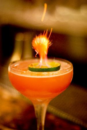 Rabble Taphouse & Grill: flaming cosmo