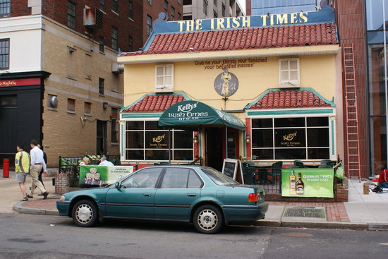 Kelly's Irish Times Pub