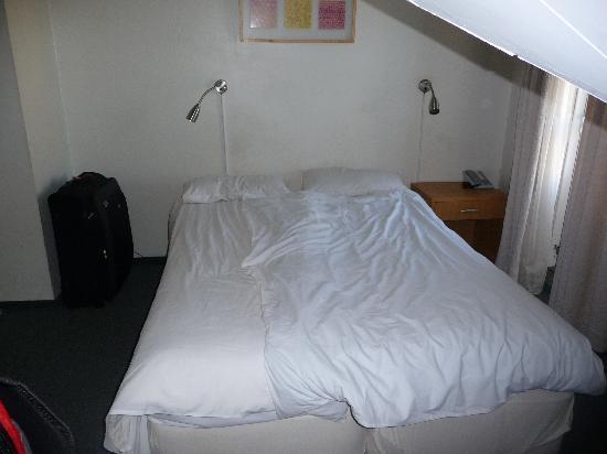 Hotel Leifur Eiriksson: Our room