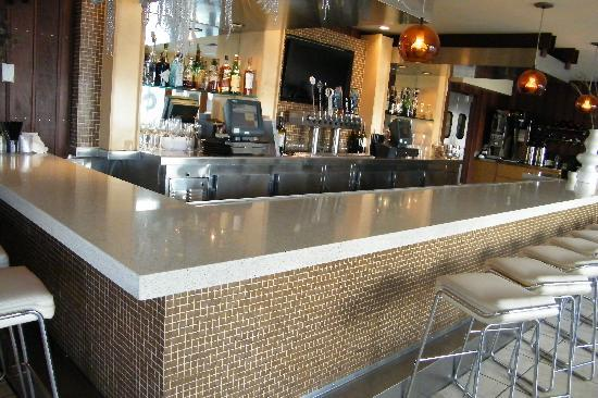 The Pearl Hotel: Bar
