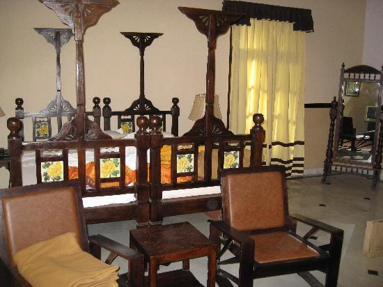 Devi Bhawan: Our bedroom