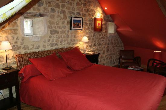 "Les Chaufourniers: Room ""Antigua"""