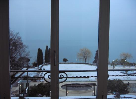 Fairmont Le Montreux Palace: View from our room