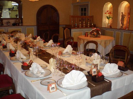 Hostellerie Bressane Cuisery: Salle indépendante pour repas de famille
