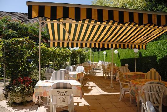 Hostellerie Bressane Cuisery: La terrasse