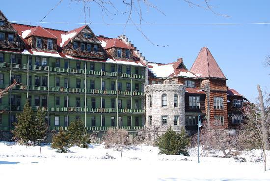 Mohonk Mountain House: Mohonk in winter 2010