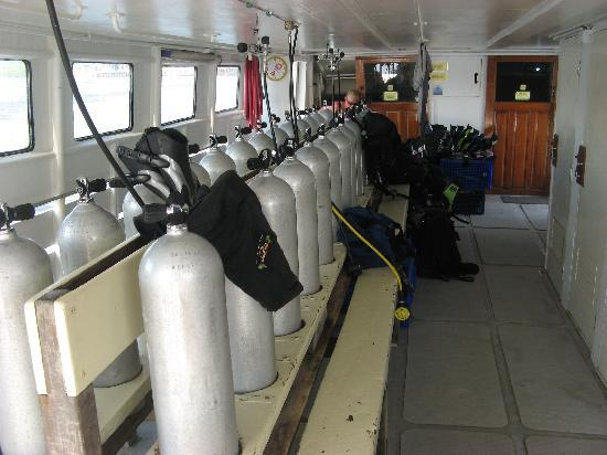 Sea Dragon Dive Center: MV Andaman