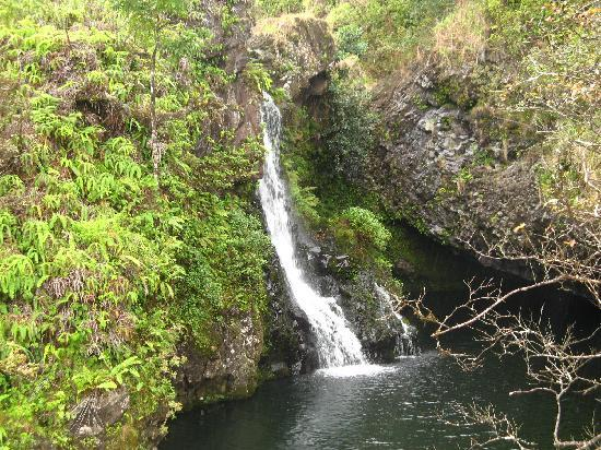 Wailuku, Hawái: Falls