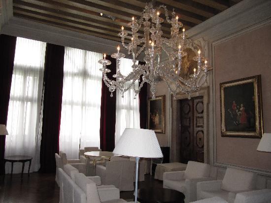 Hotel Palazzo Giovanelli: Magnificent living room