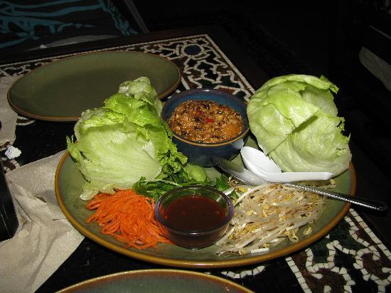 Yak and Yeti: Incredibly yummy lettuce cups salad