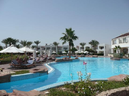 Renaissance Sharm El Sheikh Golden View Beach Resort: One of the pools