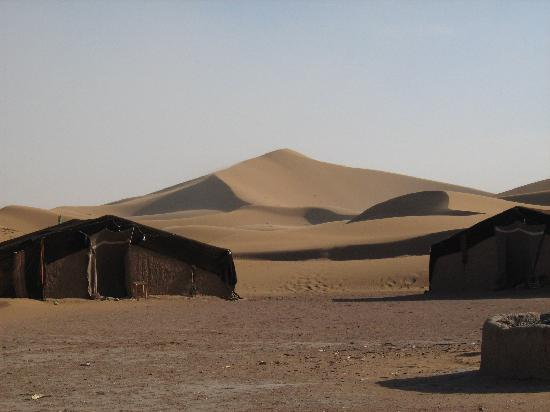 Hotel Kasbah Sahara Services: tents and dunes