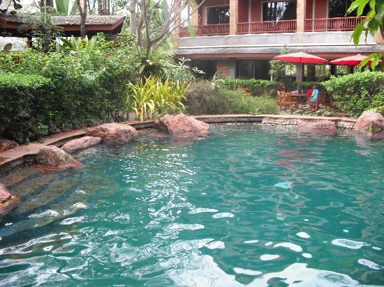 100 Islands Resort & Spa: Pool