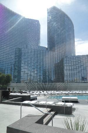 Vdara Hotel & Spa: Vdara pool and Aria from Spa Vdara