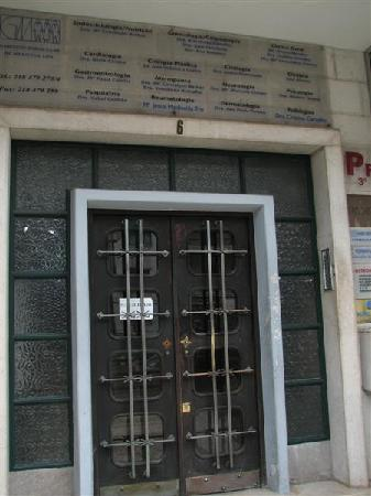"""Hotel Afrin Lisboa: The entrance at the """"Pensao"""" with all the medical cabinets."""