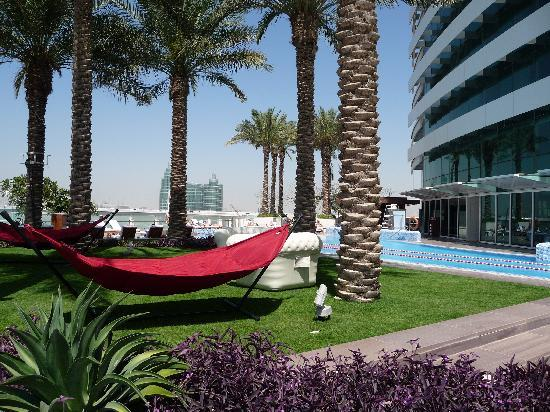 Crowne Plaza Dubai Festival City: Crowne Plaza Festival City Pool