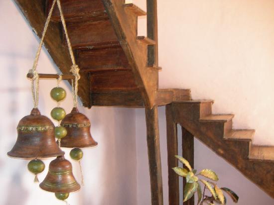 Casa Ordonez: upstairs hall