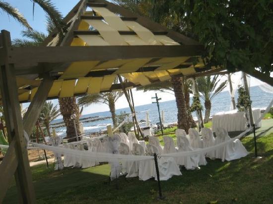 Constantinou Bros Athena Beach Hotel: Gazebo we had