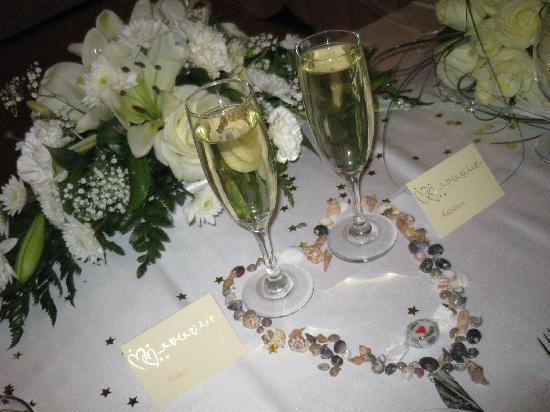 Constantinou Bros Athena Beach Hotel: How they decorated our place setting