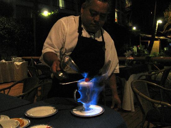 Hyatt Ziva Puerto Vallarta: Try a flaming Carribean Coffe