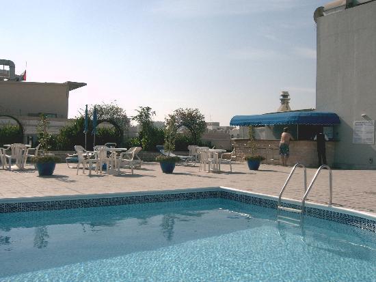 J5 Rimal: Rooftop Pool