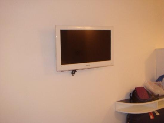 Pantheon Royal Suite: Room 308 TV